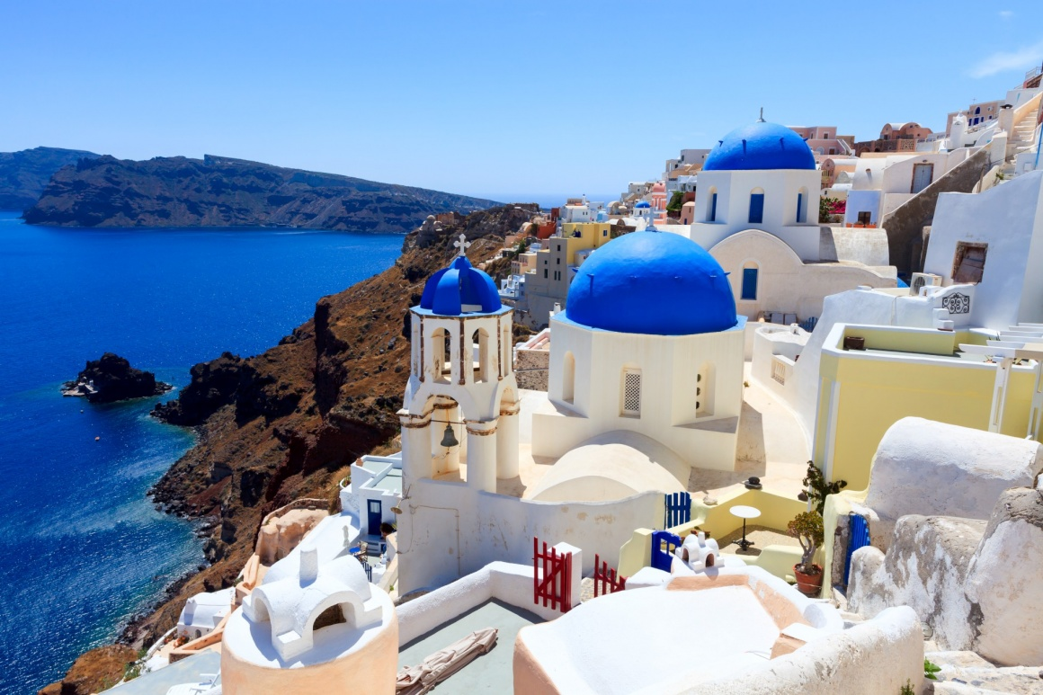 'Blue domed church at Oia Santorini Greece Europe' - Santorin